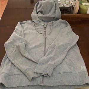 Gray vs hoodie size medium.